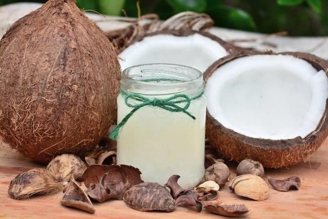 Praktični savjeti kako koristiti kokosovo ulje u domaćinstvu