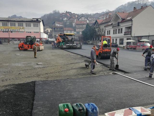 Gradačac – Pri kraju radovi prve faze uređenja Zelene pijace