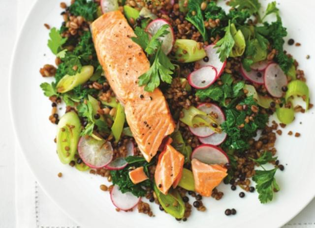 Zdravi obroci: Topla salata sa pastrmkom