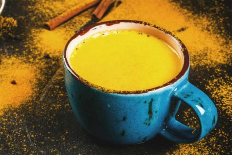Čaj od kurkume jača imunitet štiti jetru i čisti kožu