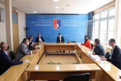 adnan-delic-sastanak-akademska-zajednica-1.jpg
