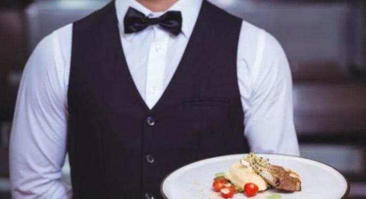 ugostiteljstvo-konobar-hrana-1.jpg